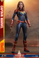 Hot-Toys-Captain-Marvel-13.jpg