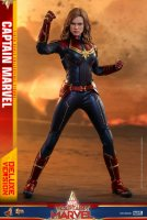 Hot-Toys-Captain-Marvel-14.jpg