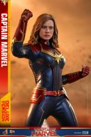 Hot-Toys-Captain-Marvel-17.jpg