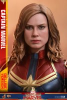 Hot-Toys-Captain-Marvel-20.jpg