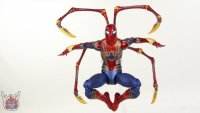 Marvel-Select-Iron-Spider-06.JPG