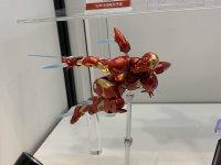 Revoltech-Bleeding-Edge-Iron-Man-02.jpg