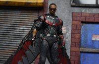SH-Figuarts-Avengers-Infinity-War-Falcon-07.jpg