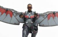 SH-Figuarts-Avengers-Infinity-War-Falcon-18.jpg