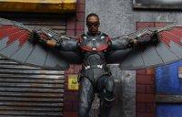 SH-Figuarts-Avengers-Infinity-War-Falcon-22.jpg