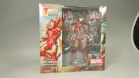 Revoltech-Iron-Man-10.jpg