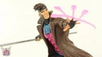 Gambit-Marvel-Legends-05.JPG